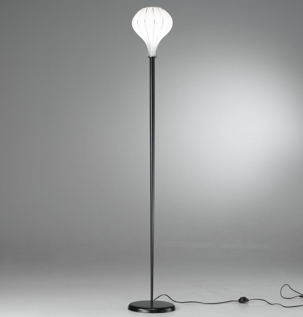 lampadaire fin