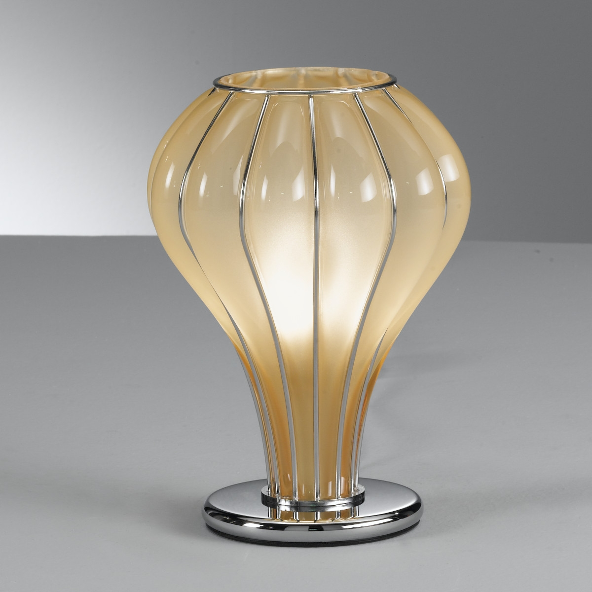 Lampe de table au design moderne en verre souffl de murano - Table moderne en verre ...