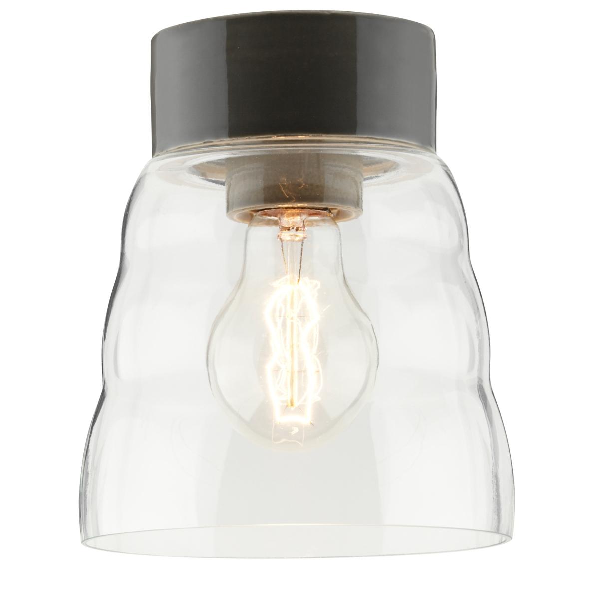 plafonnier scandinave intemporel aux formes lanc es et fabriqu en verre et en c ramique. Black Bedroom Furniture Sets. Home Design Ideas