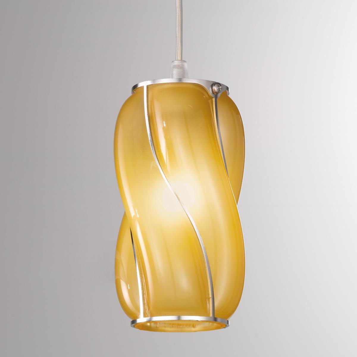 petite suspension r tro de forme cylindrique en verre souffl de murano. Black Bedroom Furniture Sets. Home Design Ideas