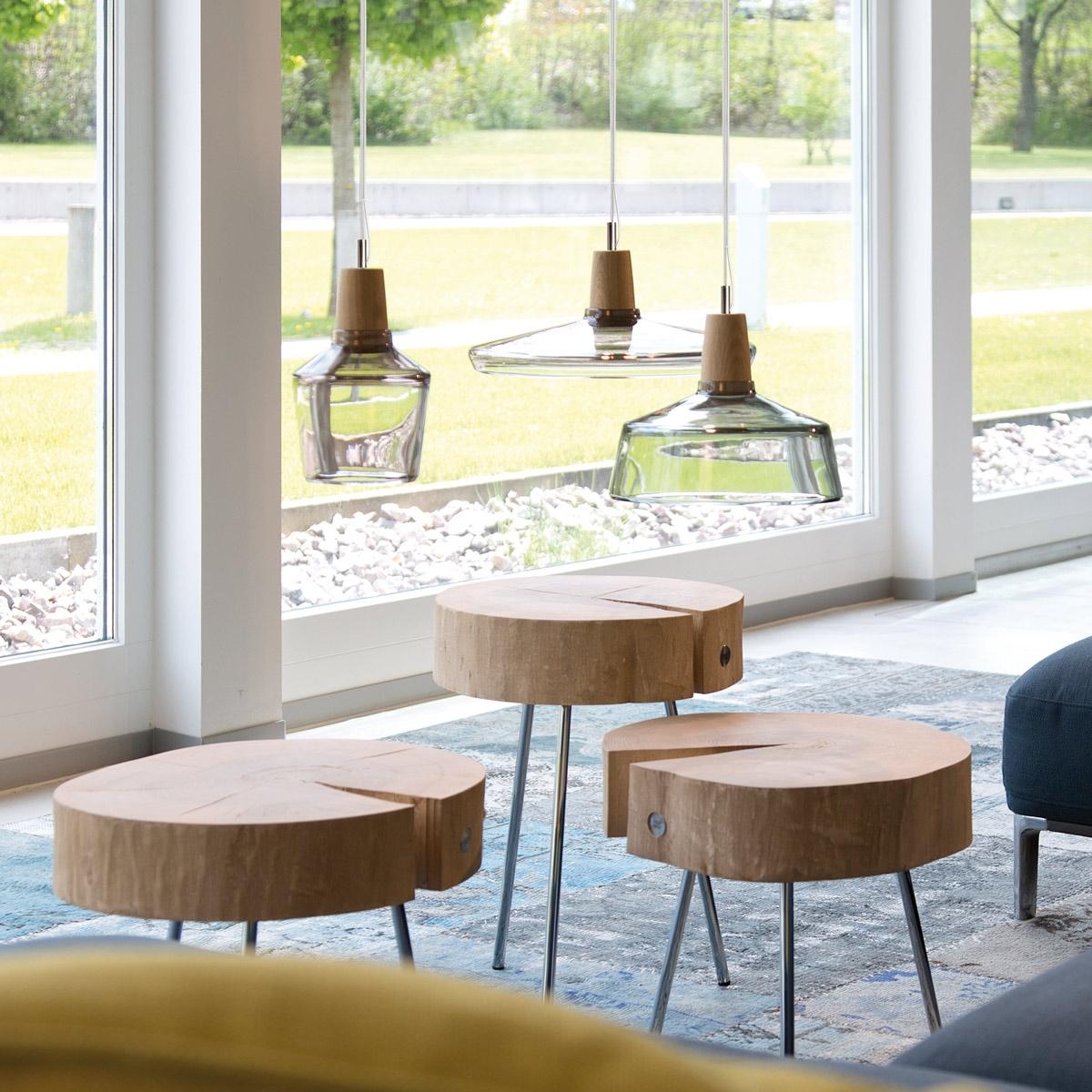 suspension multiple au style industriel une lampe fabriqu e manuellement avec du bois et du. Black Bedroom Furniture Sets. Home Design Ideas