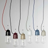 Suspensions industrielles en divers couleurs