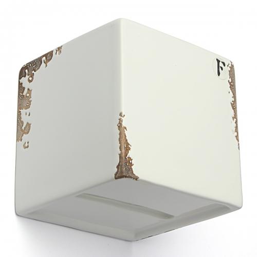 Applique murale en ceramique blanc