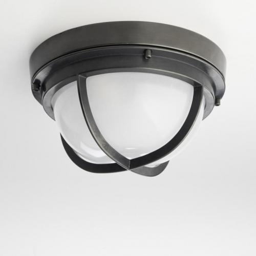 Plafonnier demi lune art deco en métal avec finition laiton massif