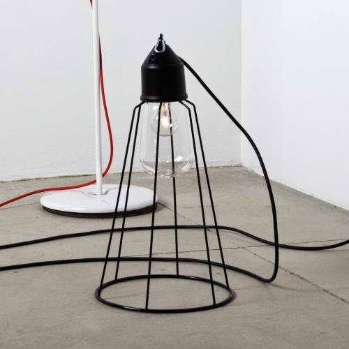 Lampe industrielle noir avec grande cage en laiton noir