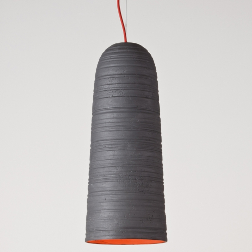 """Suspension petit modèle avec couleur extérieure noir et couleur intérieure orange """" Corail """""""
