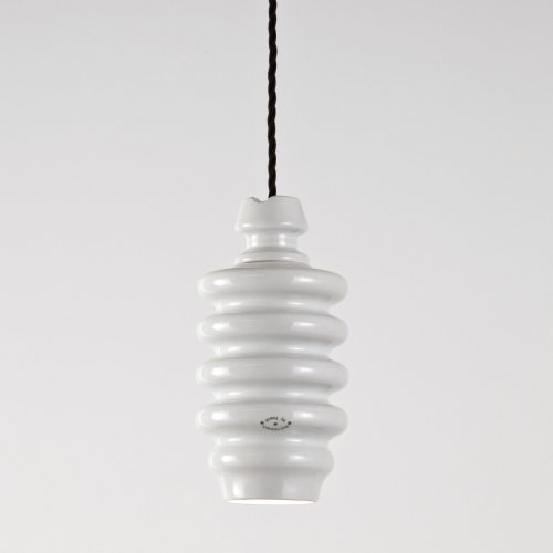 """Suspension avec abat-jour finition Blanc """" Huitre """", sans ressort et câble de couleur marron et avec ampoule halogène GU10"""